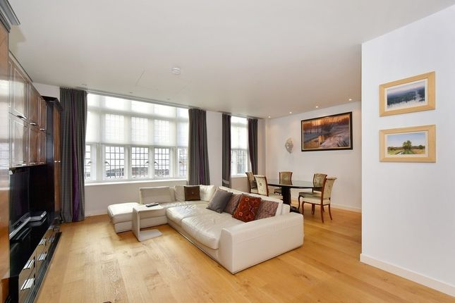 Thumbnail Flat to rent in Great Peter Street, Westminster