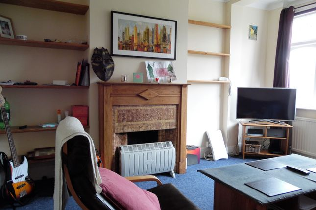 Thumbnail Detached house to rent in Fairlie Gardens, Forest Hill