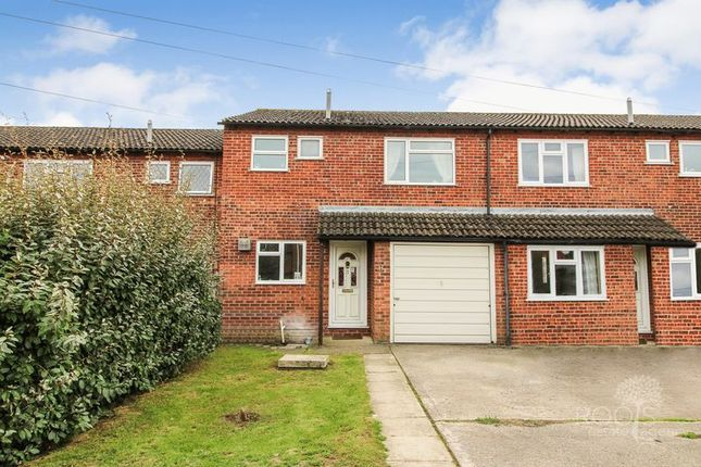 3 bedroom terraced house for sale in Coniston Close, Thatcham