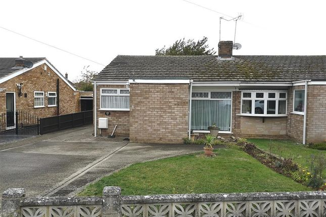Thumbnail Bungalow to rent in Macbeth Close, Rugby