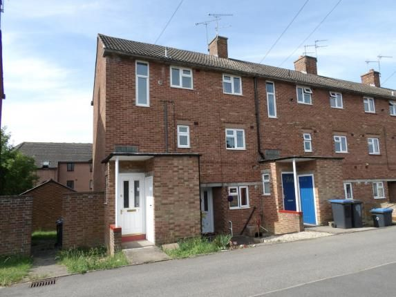 Thumbnail Flat for sale in Tomwell Close, Southam, Warwickshire, West Midlands