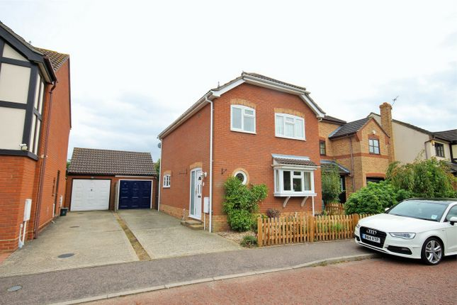 Thumbnail Detached house for sale in Beaumont Close, Mile End, Colchester, Essex
