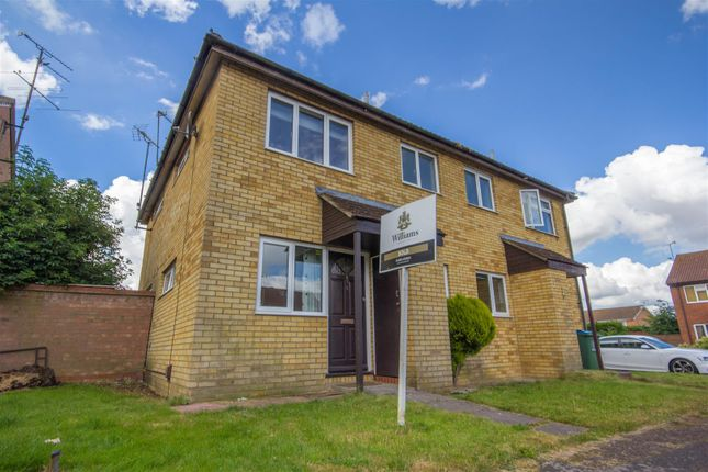 End terrace house to rent in Eden Close, Aylesbury