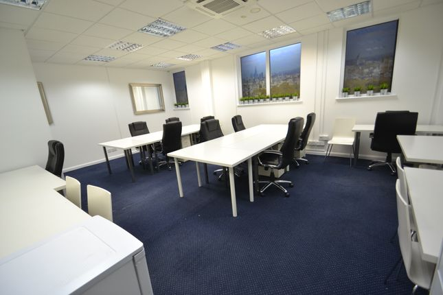 Office to let in Redan Place, Bayswater, Queensway, Paddington, London