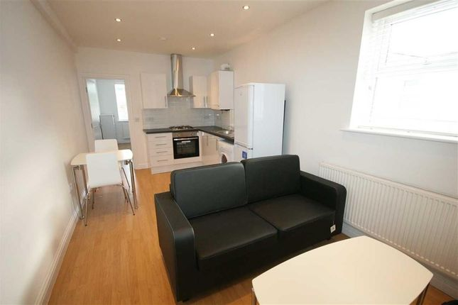 1 bed flat to rent in Hindes Road, Harrow-On-The-Hill, Harrow HA1
