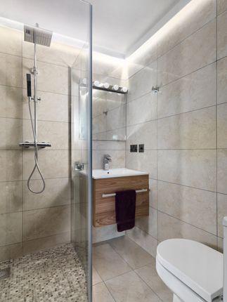 Shower Room of York Street, London W1H