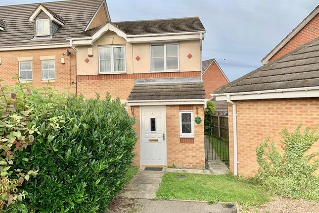 Thumbnail Property to rent in Stoney Croft, Hoyland, Barnsley
