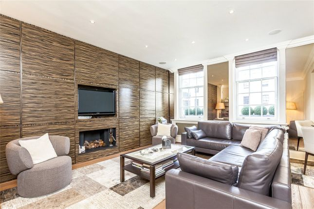 Thumbnail Flat for sale in Eaton Gate, London