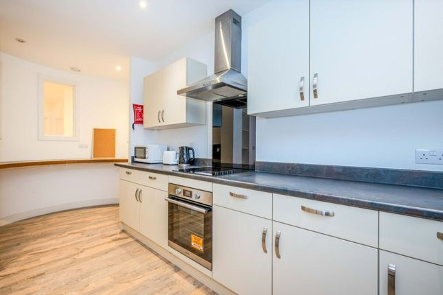Thumbnail Flat to rent in Derrys Cross, Plymouth