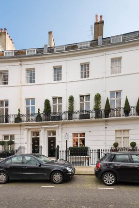 Thumbnail Town house for sale in Egerton Crecent, London