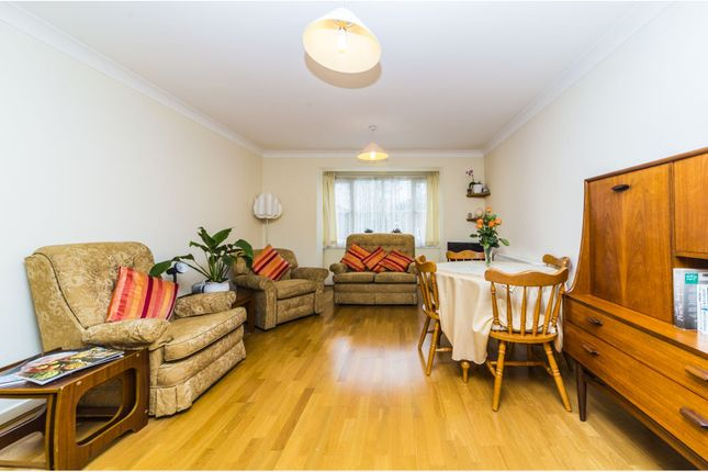 Thumbnail Property for sale in Beechwood Grove, Acton