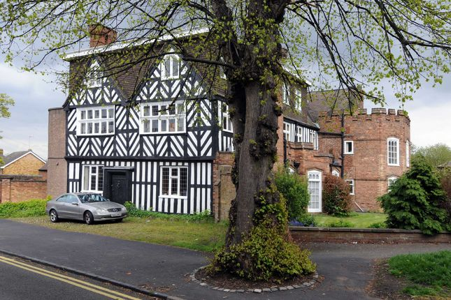Flat to rent in The Castle, Church Road, Stourbridge