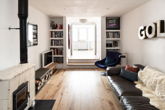 Thumbnail Terraced house for sale in Castle Street, Brighton, East Sussex