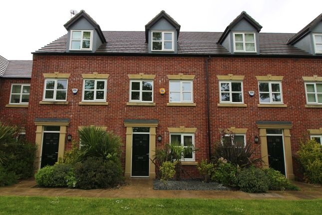 Thumbnail Town house for sale in Viscount Drive, Middleton, Manchester