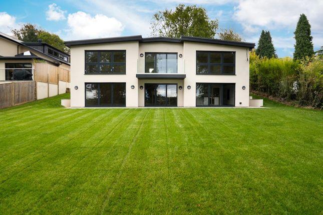 Thumbnail Detached house for sale in Beulah Walk, Woldingham, Caterham