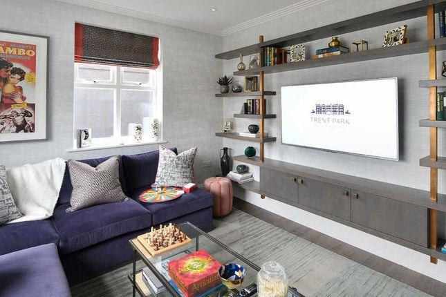 3 bed flat for sale in Trent Park, Enfield, London, Hertfordshire EN4