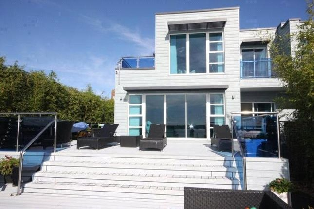 Picture No. 2 of Gardens Road, Lilliput, Poole BH14