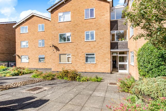 Thumbnail Flat for sale in Stonehill Court, Great Glen, Leicester