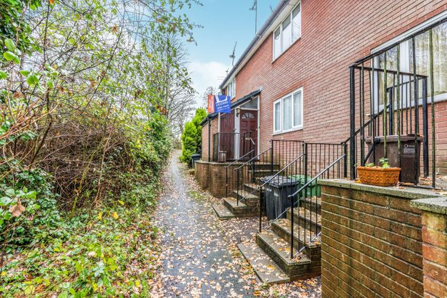 Thumbnail Property to rent in Thames Close, West End, Southampton