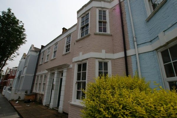 3 bed flat to rent in Sedlescombe Road, Fulham, London, London