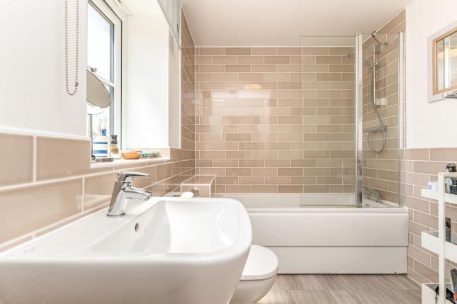 Bathroom of Cygnus Way, Brackley, Northamptonshire NN13