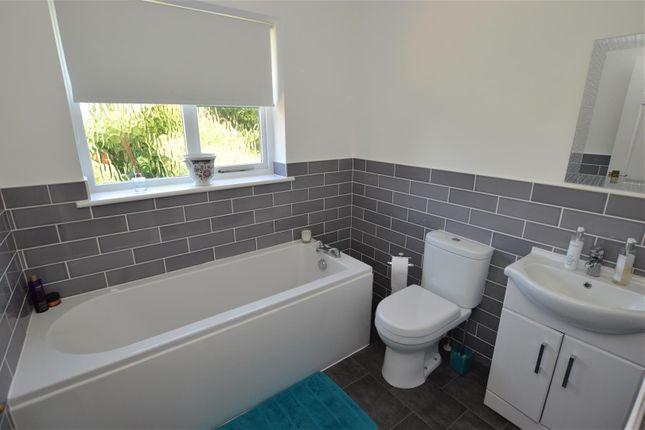 Bathroom of Hillfield Road, Hemel Hempstead HP2