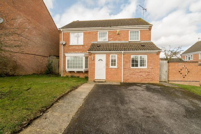 Thumbnail Detached house to rent in Badgers Way, Buckingham