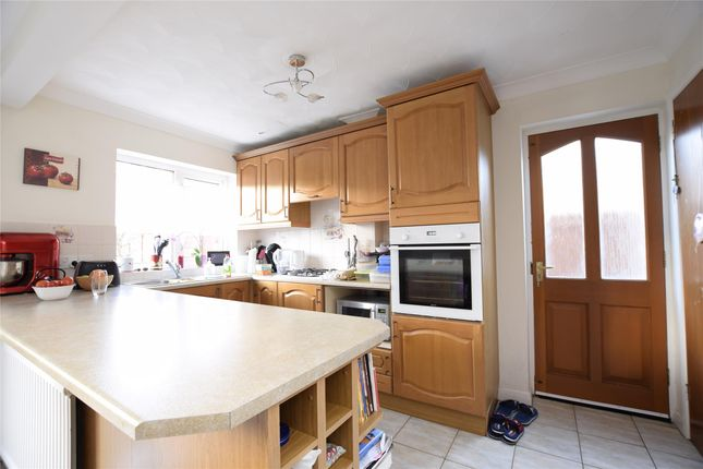 Thumbnail Detached house to rent in Bridges Close, Abingdon, Oxfordshire