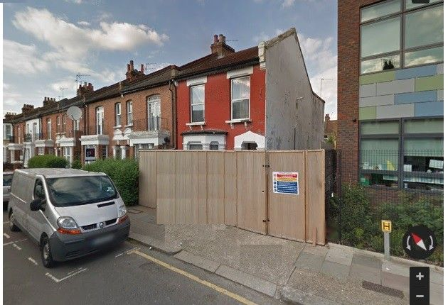 Thumbnail Terraced house for sale in London, Greater London