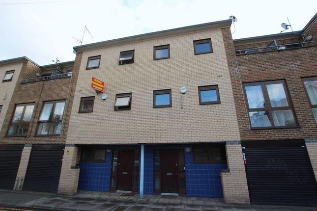 Thumbnail Property to rent in Follett Street, London