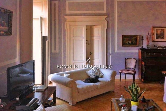 Thumbnail Apartment for sale in Napoli, Campania, Italy