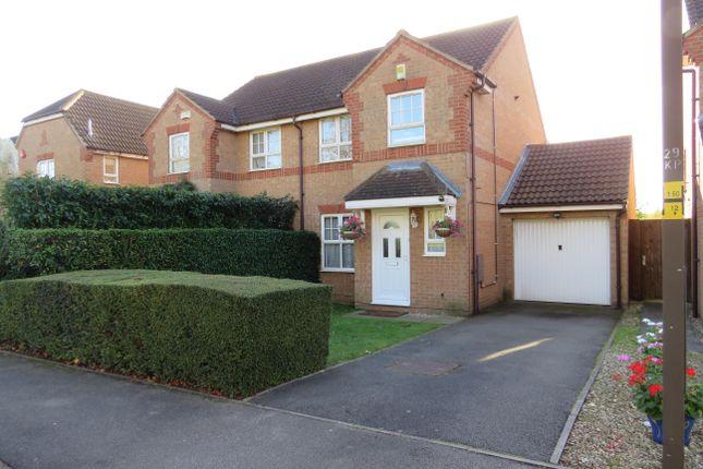 Thumbnail Property to rent in Kirkstall Place, Oldbrook, Milton Keynes
