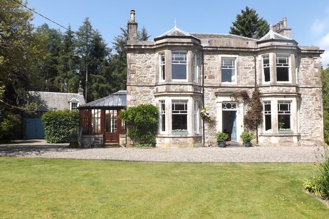 Thumbnail Detached house for sale in The Ross, Comrie