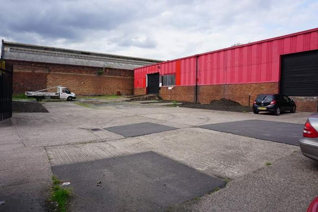 Thumbnail Light industrial to let in Unit 82E Rolfe Street Smethwick, West Midlands