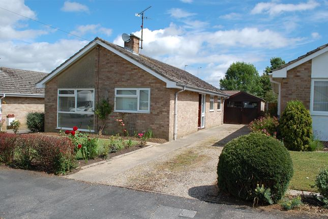 Thumbnail Detached bungalow to rent in New Road, Hailey, Witney
