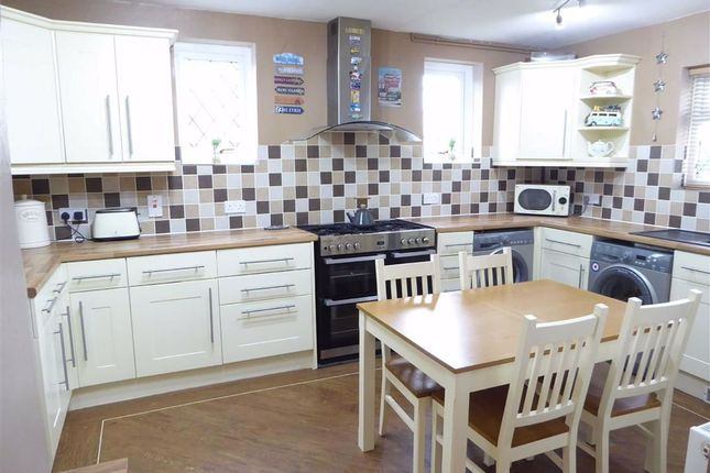 Kitchen Diner of Warwick Road, Wolston, Coventry CV8