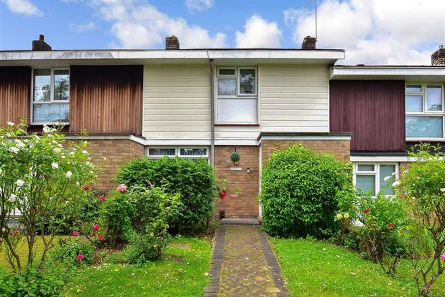 2 bed terraced house for sale in Thornbush, Basildon, Essex SS15