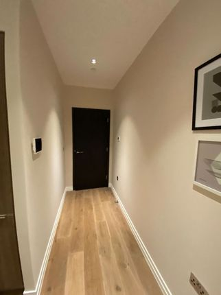 Photo 23 of One Bedroom Flat For Sale, Lawn Lane, London SW8