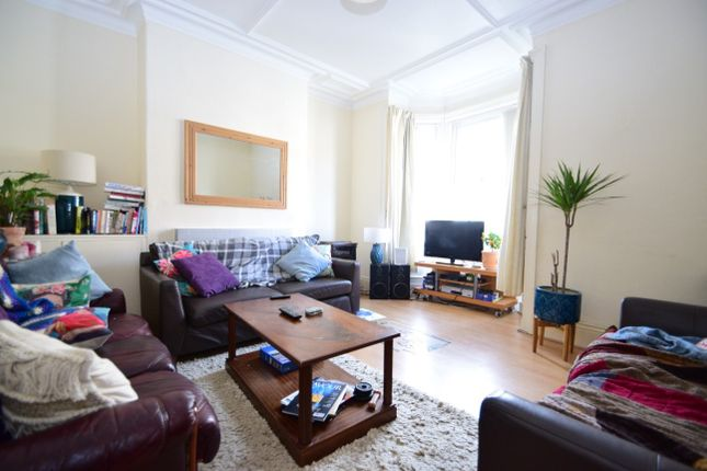 Thumbnail Terraced house to rent in Tenth Avenue, Heaton