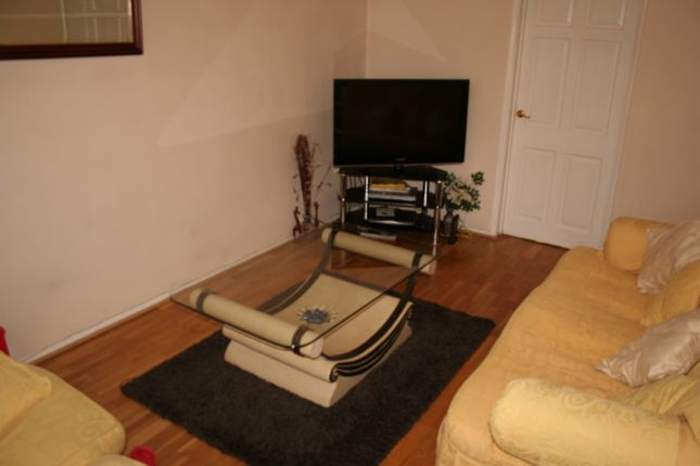 Thumbnail Terraced house to rent in Tollgate Drive, Hayes