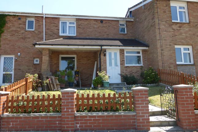 Thumbnail Property to rent in Gainsborough Road, Basingstoke