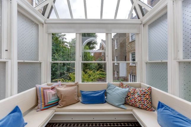 Picture 11 of Onslow Gardens, South Kensington, London SW7