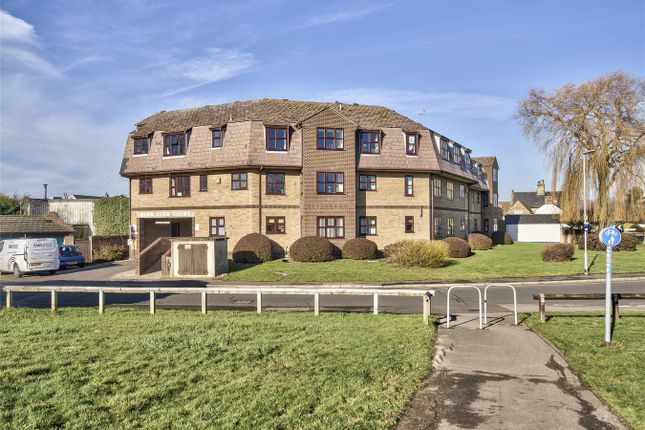Thumbnail Maisonette for sale in Park View Court, The Paddock, Eaton Ford, Cambridgeshire