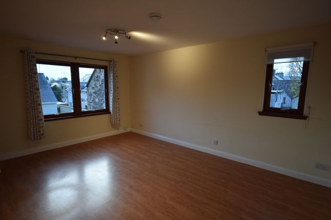 Thumbnail Flat to rent in Paton Street, Inverness