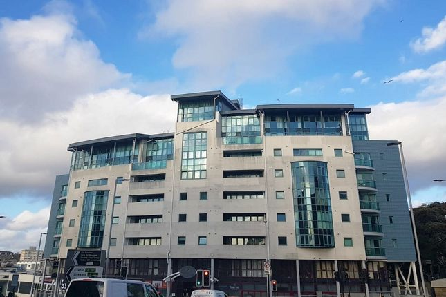 Thumbnail Flat to rent in The Crescent, Plymouth