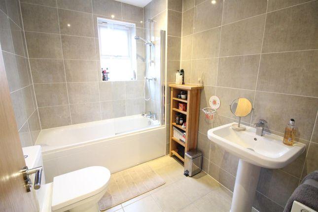Bathroom of Fairfield Link, Sherburn In Elmet, Leeds LS25