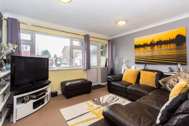 Thumbnail Flat for sale in Templewood Court, Hadleigh