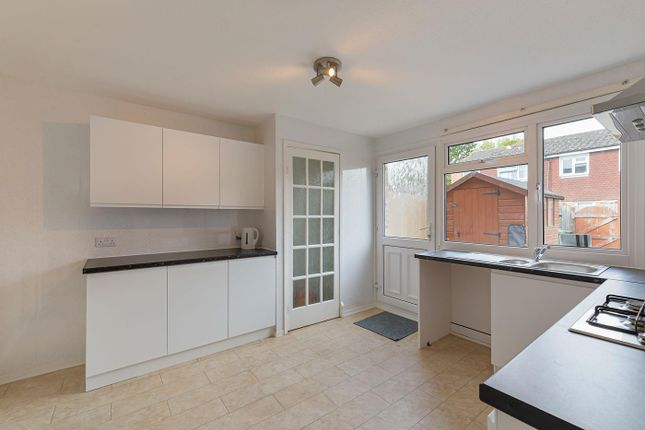 3 bed terraced house to rent in Fuggles Close, Paddock Wood, Tonbridge TN12