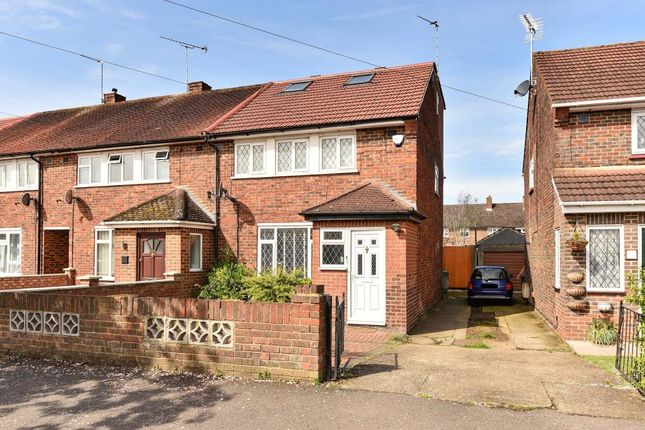 Thumbnail Terraced house to rent in Trelawney Avenue, Langley