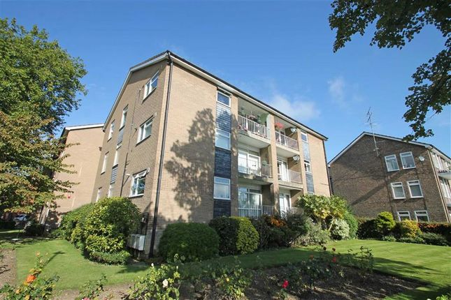 Flat for sale in Pemberley Avenue, Bedford